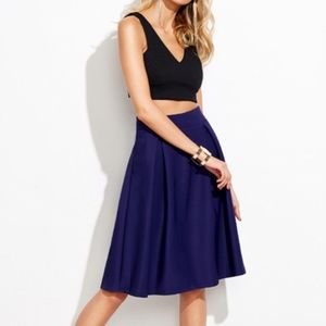 Dresses & Skirts - ⚡️🇺🇸🆕🍷Gorgeous Navy pleat thick winter skirt